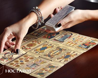 Trở Thành Tarot Reader Chuyên Nghiệp